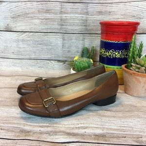 Beautiful brown square toed shoes
